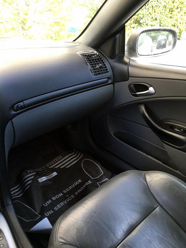 Nettoyage professionnel d'intérieur voiture