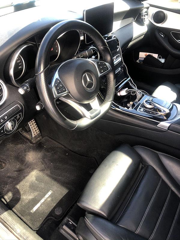 Rénovation des plastiques intérieur voiture